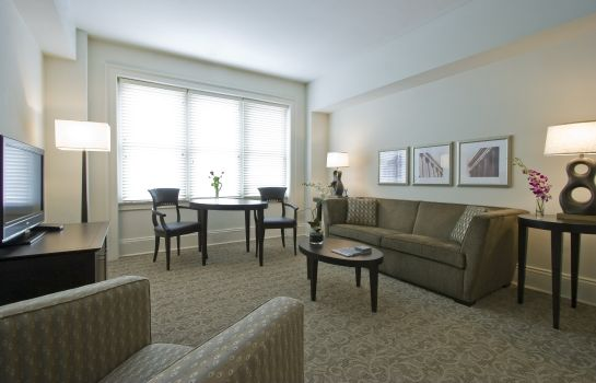 Suite AKA Rittenhouse Square PH RES