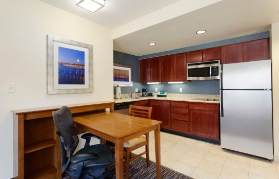 Hotel-Bar Homewood Suites by Hilton San Diego Airport-Liberty Station
