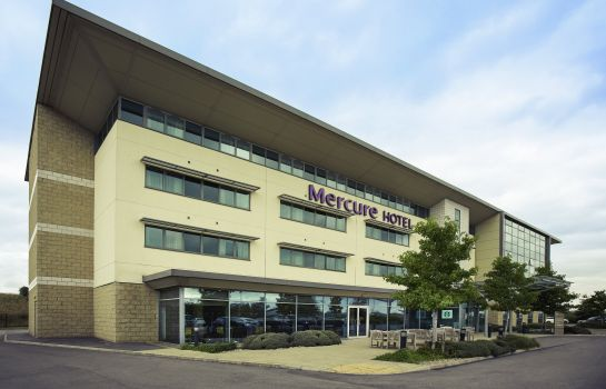 Exterior view Mercure Sheffield Parkway