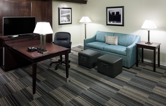 Zimmer Hampton Inn - Suites Omaha-Downtown