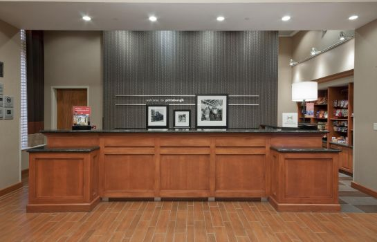 Hall de l'hôtel Hampton Inn - Suites Pittsburgh-Downtown