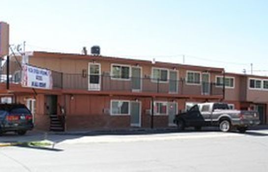 Exterior view EXECUTIVE INN AND SUITES - LAKEVIEW
