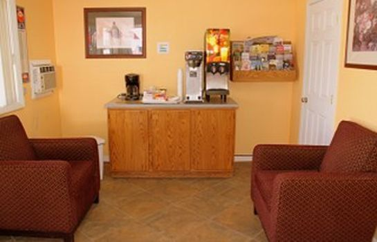 Lobby EXECUTIVE INN AND SUITES - LAKEVIEW