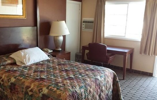 Room EXECUTIVE INN AND SUITES - LAKEVIEW