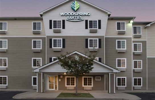 Exterior view WoodSpring Suites Augusta Fort Gordon