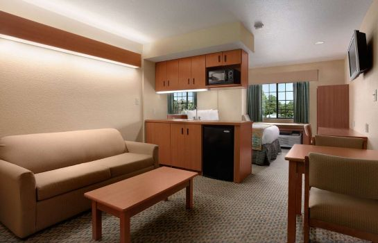 Suite MICROTEL INN & SUITES PANAMA CITY