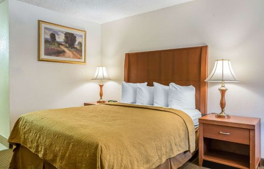 Zimmer Quality Inn and Suites Bakersfield
