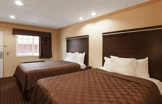 Zimmer Rodeway Inn National City San Diego South