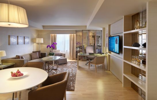 Suite One World Hotel