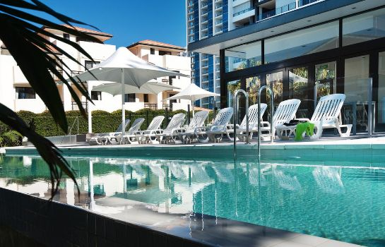 Exterior view Ultra Broadbeach