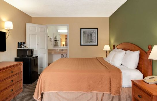 Zimmer TRAVELODGE INN JACKSONVILLE