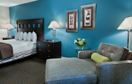 Suite Oxford Suites Silverdale