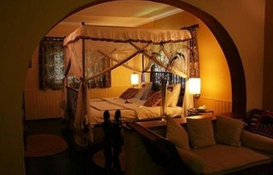 Room MT MERU GAME LODGE