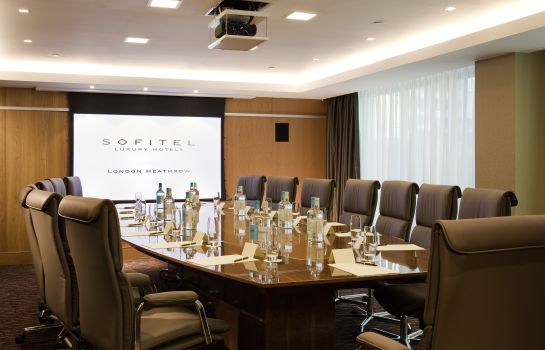 Sala de reuniones Sofitel London Heathrow