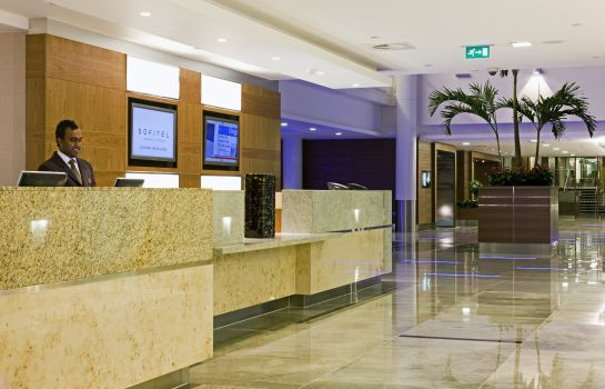 Recepción Sofitel London Heathrow