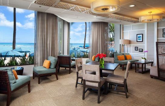 Hotel bar Waikiki Beach  A Westin Resort & Spa Moana Surfrider