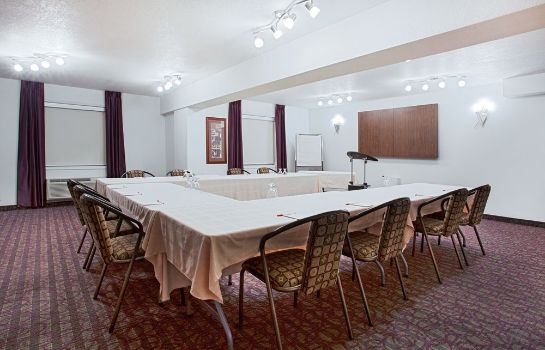 Sala riunioni Ramada Red Deer Hotel and Suites