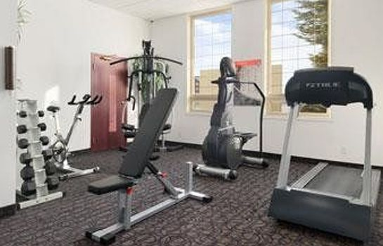 Instalaciones deportivas Ramada Red Deer Hotel and Suites