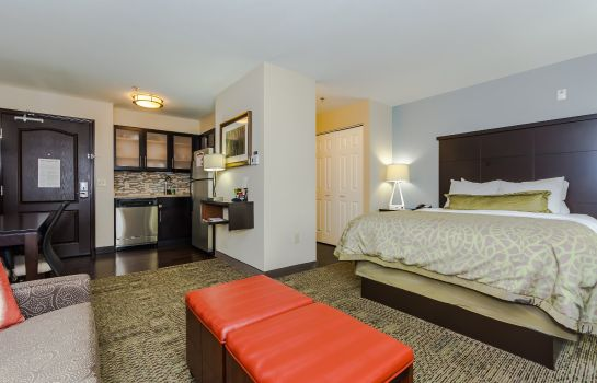 Zimmer Canad Inns Grand Forks