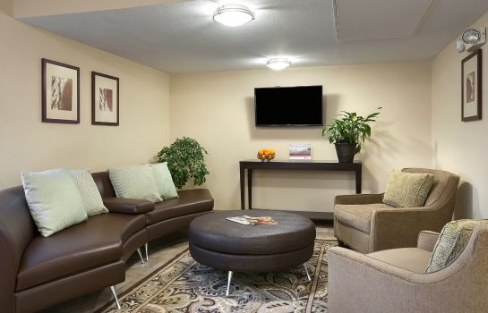 Hotelhalle Candlewood Suites SAVANNAH AIRPORT