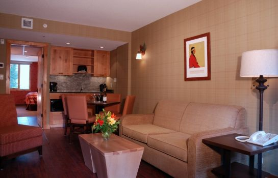 Zimmer Fox Hotel And Suites