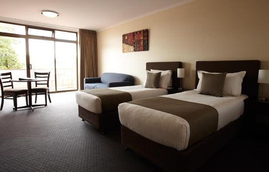 Suite ADELAIDE MERIDIEN HOTEL AND APARTMENTS