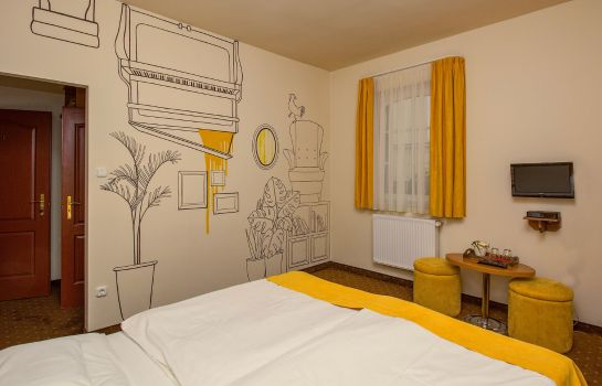 Chambre double (confort) Soho Pension