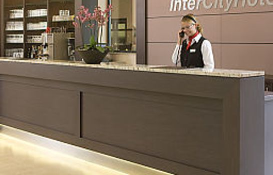 Reception IntercityHotel