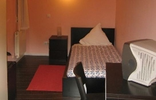 Single room (standard) Pizarro Hostal