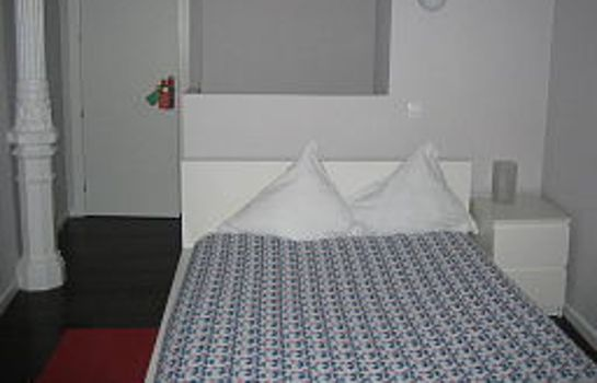 Room Pizarro Hostal