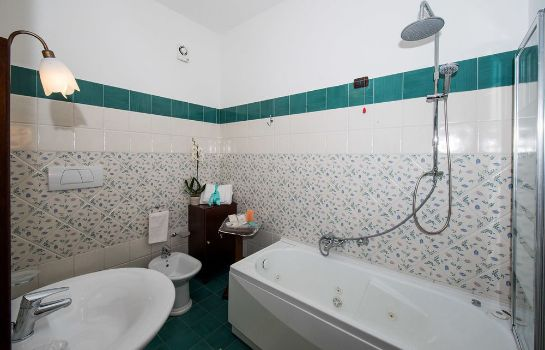 Bathroom Holiday House Le Palme