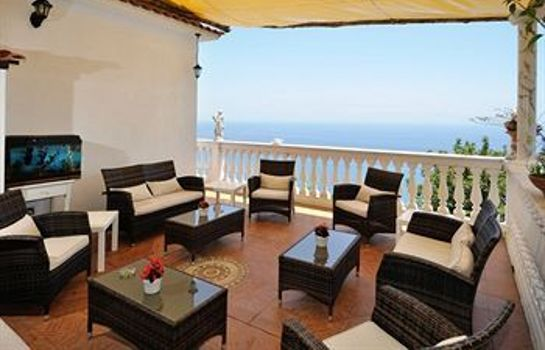 Terrace Holiday House Le Palme