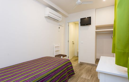 Single room (standard) Sol y Miel Hostal