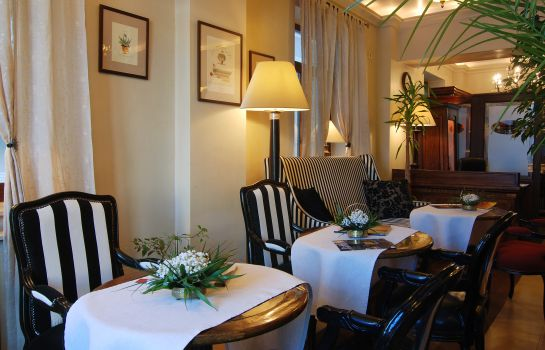 Hotelhal Arc de Triomphe by Residence Hotels