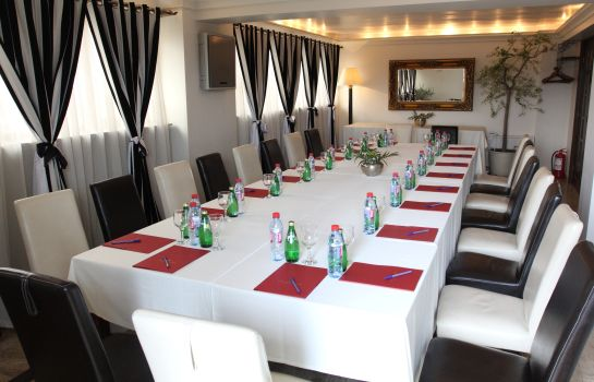 Sala riunioni Domenii Plaza by Residence Hotels