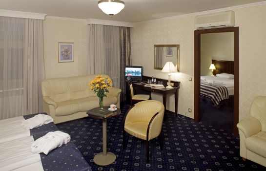 Suite Rixwell Gertrude