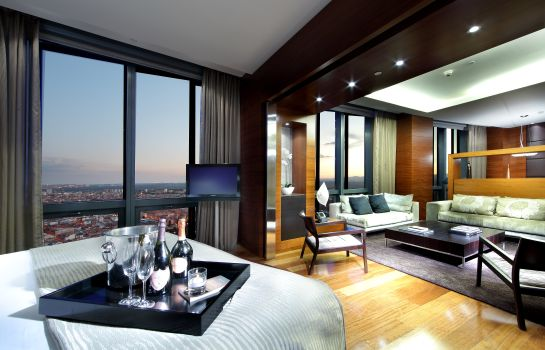 Suite Eurostars Madrid Tower