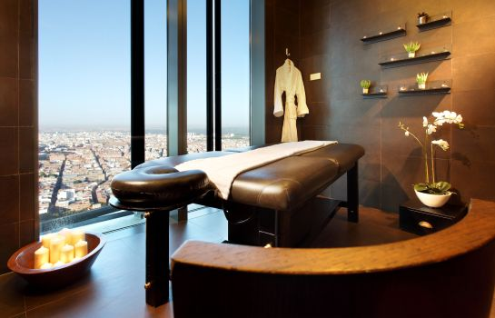 Massage room Eurostars Madrid Tower