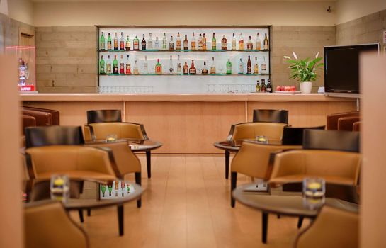 Hotel bar NH Milano Linate Airport