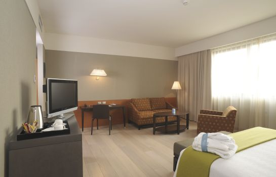 Pokój typu junior suite NH Milano Linate Airport