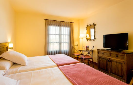 Double room (superior) PortAventura Hotel Lucy's Mansion - Park Tickets Included
