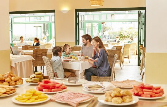Restaurante Hotel PortAventura - Theme Park Tickets Included