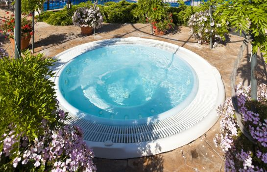 Bain bouillonnant Hotel PortAventura - Theme Park Tickets Included