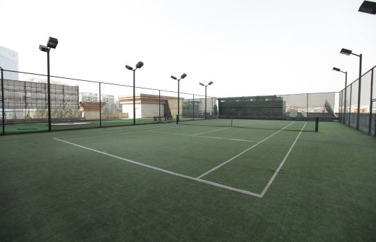 Tennis court Grand Royal