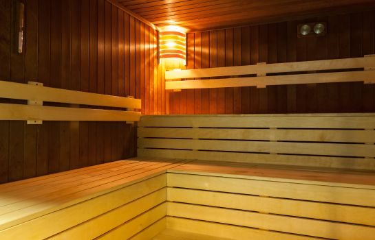 Sauna Bliss Hotel & Residence****