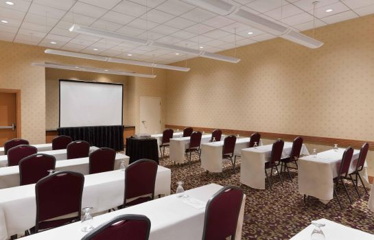 Conference room Embassy Suites by Hilton Boston at Logan Airport