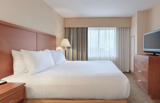 Room Embassy Suites by Hilton Boston at Logan Airport