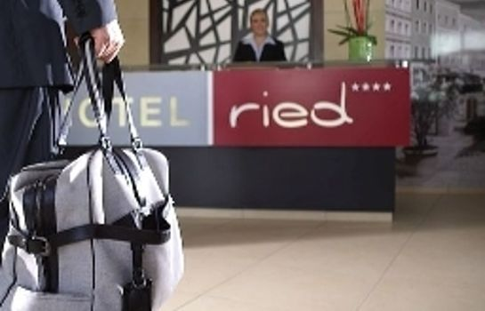 Empfang H+ Hotel Ried