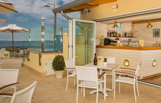 Bar del hotel Sky Pool Hotel Sole Garda
