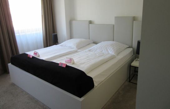 Double room (standard) Pearl